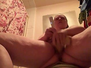 Hidden Camera Sexy Babysitter Teen Caught Fucking Herself In the Bathroom