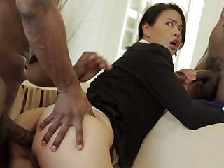 Thai MUMMY about a taut bod demolished in an multiracial MMF