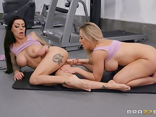 Lesbians are parceling out slay rub elbows with gym for a nice oral tryout