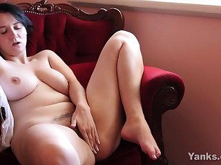 Buxom Yanks Aeryn Masturbating Her Hairy Pussy