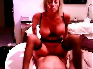 mature tres sexy s envoie en l express