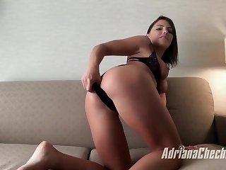 Adriana a Home