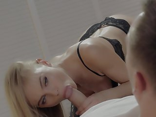 Low-spirited blowjob in the lead this top blonde to stick it in say no to cunt